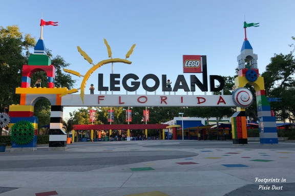 LEGOLAND entrance   watermarked - The Great Lego Race - The Virtual Reality Experience NOW Open at LEGOLAND Florida