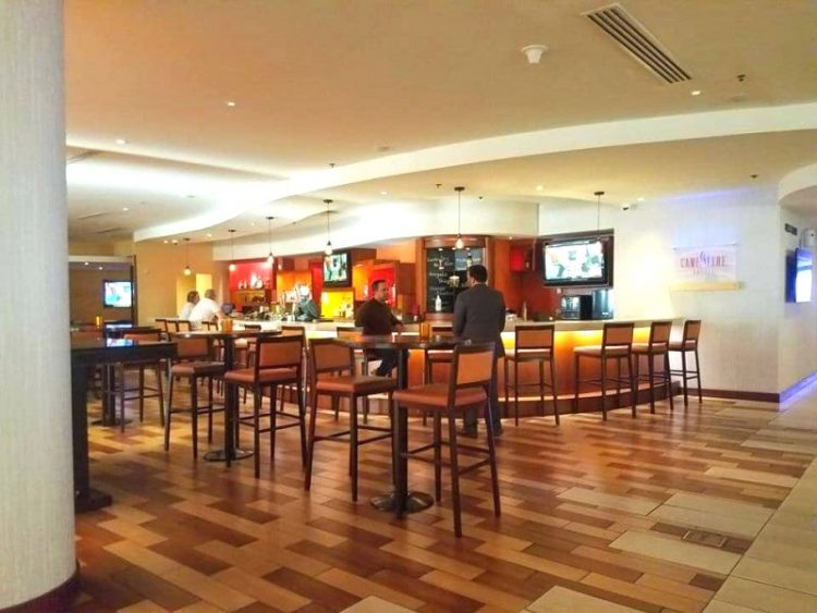 Miami Marriott Airport Bar e1545088738369 - Miami Airport Marriott Campus has Everything a Traveler Needs