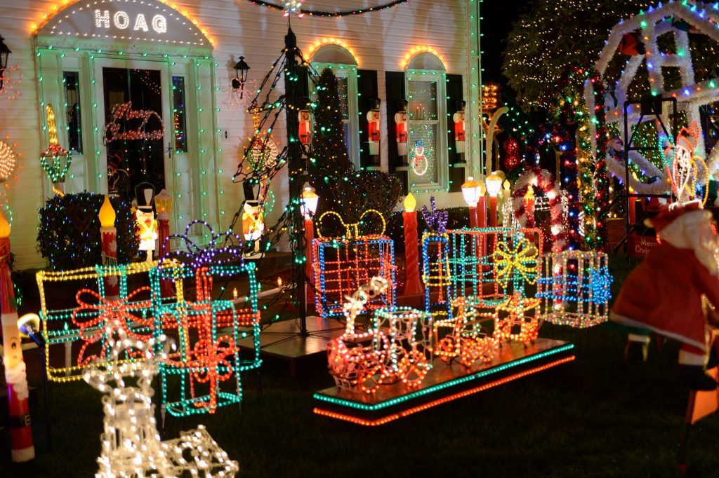 lights45 1024x682 - Disney, Freeform and ABC 25 Days of Christmas - Two Shows not to Miss